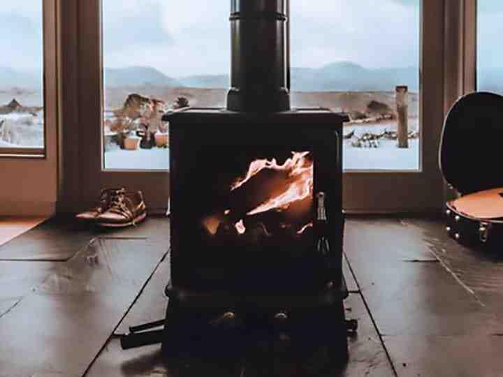 Comment allumer un poêle à granulé sans électricité ?