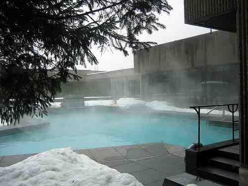 Comment chauffer l'eau d'une piscine gonflable ?